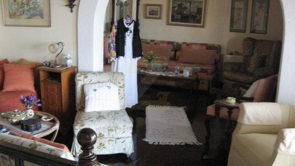 Πωλείται μονοκατοικία στα Παράκοιλα Λέσβου.