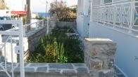 Πωλείται μεζονέτα έξω από την Μυτιλήνη, με θέα την θάλασσα.