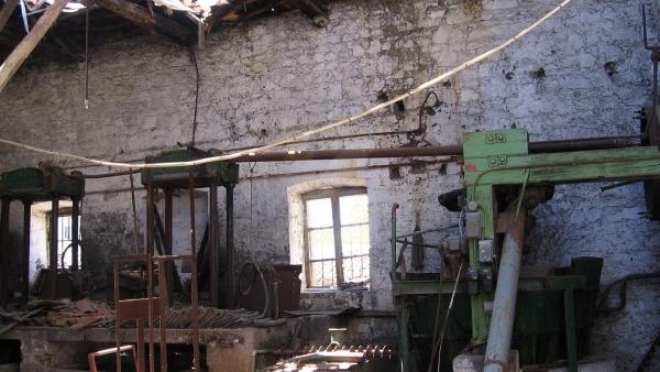 Πωλείται ελαιοτριβείο με όλο του τον εξοπλισμό, στην Κλειώ Λέσβου.