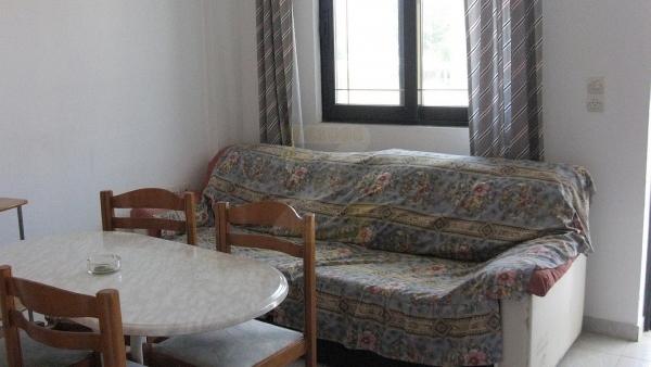 Ενοικιάζεται διαμέρισμα στην Σκάλα Ερεσού Λέσβου.